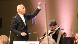 «Башҡортостан» концерт залында мәшһүр яҡташыбыҙ, билдәле скрипкасы, дирижер Владимир Спиваковтың фестивале үтте