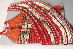 «Урал» галереяһында асылған милли биҙәүестәр күргәҙмәһенә рәхим итегеҙ