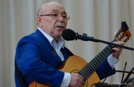 Билдәле композитор Рим Хәсәнов «Өфө шыршылары» тигән яңы йыр ижад иткән