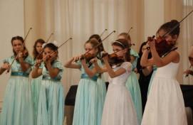 Отдел струнных инструментов ДМШ № 1 им. Н. Сабитова отметил 95-летний юбилей
