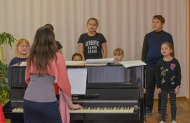 """Theater """"Nur"""" invites to children's studios"""