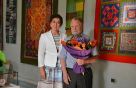 The Minister of culture of Bashkortostan Amina Shaficova congratulated M.Chvanov on his anniversary