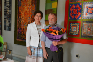 The Minister of culture of Bashkortostan Amina Shaficova congratulated M.Chvanov on his anniversary