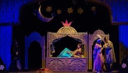 Башкирский театр кукол приглашает на последний в этом сезоне показ спектакля для взрослых «Тысяча и одна ночь»