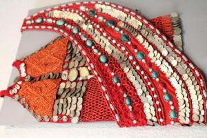 В Уфе открылась выставка башкирских национальных украшений «Сэсмэурем, селтэрем»