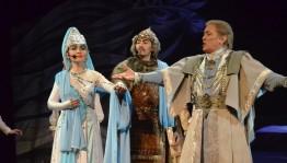В Стерлитамаке состоялась премьера мюзикла «Урал Легендалары» («Легенды Урала»)