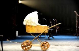 Долгожданная премьера спектакля «Три сестры» на сцене Национального  Молодежного театра состоялась!