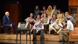 «Улыбайтесь, господа!» - премьера в Русском драматическом театре