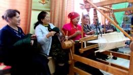 В Башкирском историко-культурном центре «Темясово» организовали занятие по ковроткачеству
