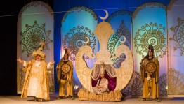 """The Youth Theater will play for the hundredth time the play """"Aladdin"""""""
