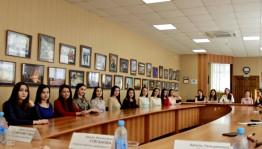 В Уфе финалистки Республиканского конкурса башкирских красавиц «Һылыуҡай-2017» встретились с журналистами