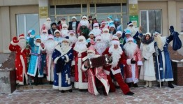 В Благоварском районе состоялся парад Дедов Морозов и Снегурочек