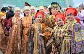 Всероссийский фотоконкурс «Мама и дети в национальных костюмах» принимает заявки