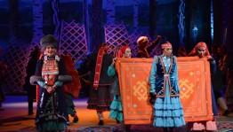 Национальный молодёжный театр им. М. Карима представил премьеру спектакля «Башкирская свадьба» М. Бурангулова
