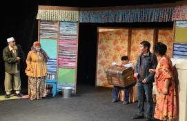 Молодёжный театр им. М. Карима представил премьеру спектакля «Вот тебе и конец света!»