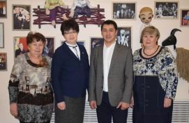Сотрудники уфимских библиотек посетили новую постановку Башкирского театра кукол