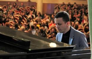 В Уфе с триумфом завершился XXI Международный джазовый фестиваль «Розовая пантера»