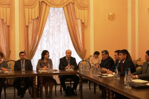 Culture Minister Amina Shafikova held a round table with leaders of the republic's theaters