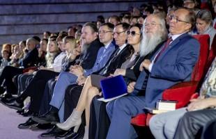 Фильм «Сестрёнка» по повести Мустая Карима получил Гран-при фестиваля «Лучезарный ангел»
