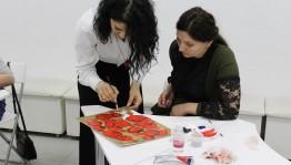 Лиана Мкртчян поделилась опытом с молодыми художниками