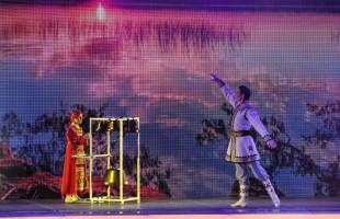 В Уфе состоялось торжественное собрание, посвящённое Дню Республики
