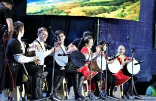 Первый день Международного фестиваля искусств «Сердце Евразии – 2019» посетило 45 000 человек