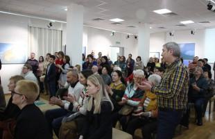 В Уфе состоялось открытие выставки живописи и графики члена Союза художников России Азата Миннекаева