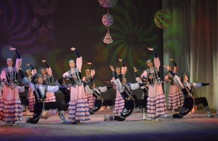 В Театр танца Стерлитамакского театрально-концертного объединения требуется артист балета