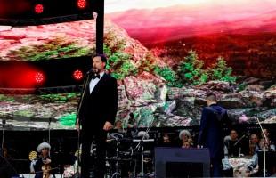 «Алга, Башкирия! Вперед, Башкортостан!» - в уфимском амфитеатре отметили 100-летие республики