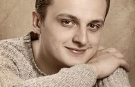 Актёр Русдрамтеатра РБ Иван Овчинников представил новый театральный проект «Служебный вход»