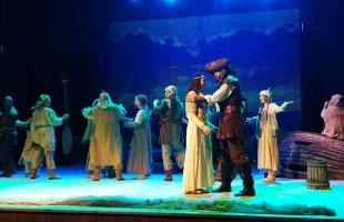 """Национальный молодежный театр представил премьеру спектакля """"Любовь и ненависть"""""""