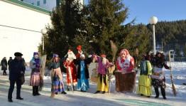 В Бурзянском районе определили лучший новогодний городок и лучших Деда Мороза и Снегурочку