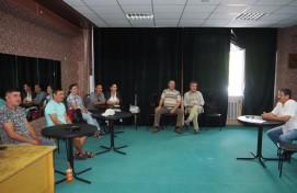 В Салаватском башдрамтеатре приступили к работе над премьерой нового сезона – «Однажды на даче» Эсфира Ягудина
