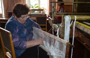 В Галерее «Урал» проходят мастер-классы по ткачеству
