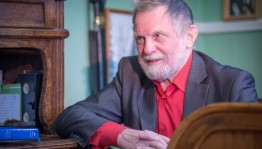 """Mikhail Chvanov became the owner of the Patriarchal badge """"For his contribution to the development of Russian literature"""""""